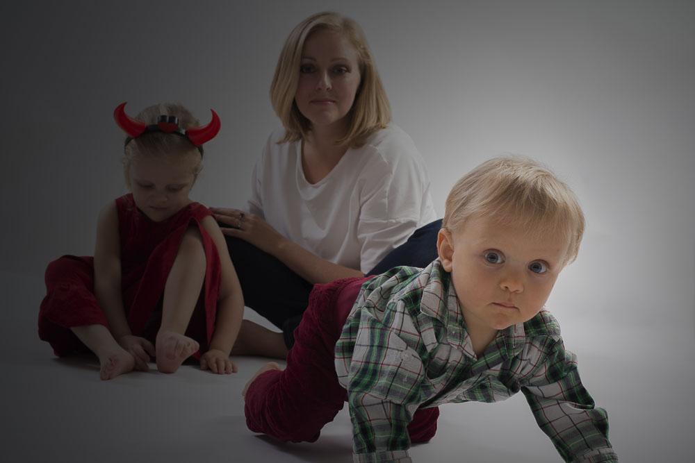 Focení malých dětí s matkou